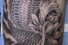 Tatouage carpe lotus