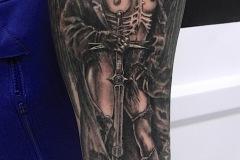 Tatouage guerrière bras