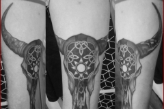 bull tattoo tatouage taureau celtic viking