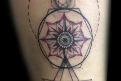 tatouage de soin et rose des vents