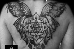 tatouage symbole et ailes de fée